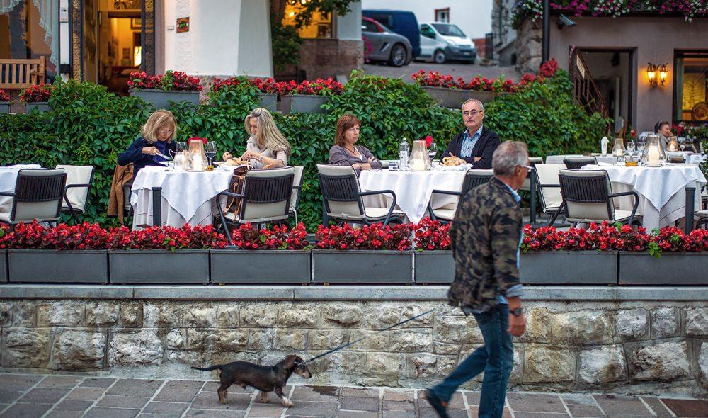 BYLIV: Cortina d'Ampezzo har lange tradisjoner som ferieby.