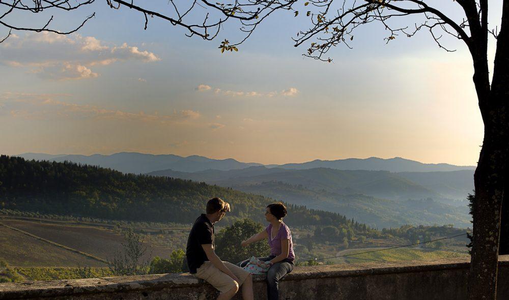 PÅ HØYDEN: Utsikten fra Castello di Nipozzano går over mange blåner.