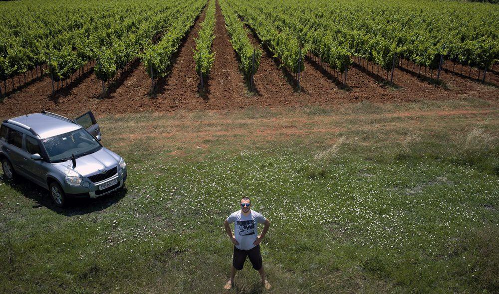 GOD VIN: Bruno Trapan har skapt et lite vineventyr på sin nyetablerte vingård i utkanten av Šišan.