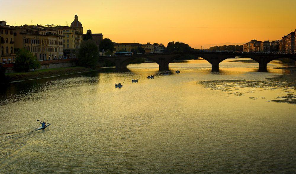 ARNO: Elven som utgjør selve hjertet i Firenze.